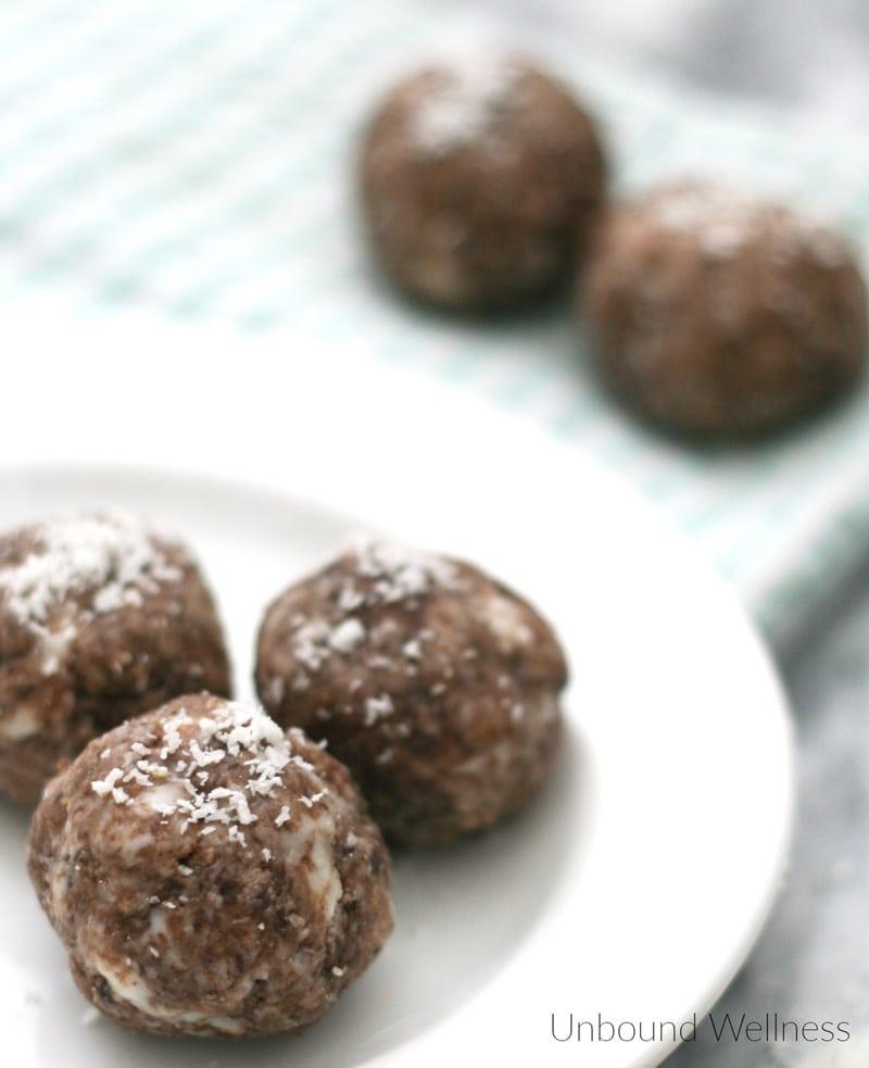 Chocolate Collagen Protein Bites