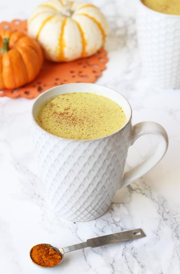 Anti-Inflammatory Pumpkin Spice Turmeric Latte (Dairy Free, Paleo & AIP)