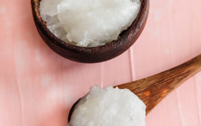 Coconut Oil for Beautiful Hair | 6 Benefits & Easy Uses
