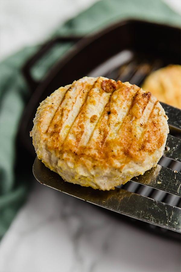tandoori chicken burgers on grill