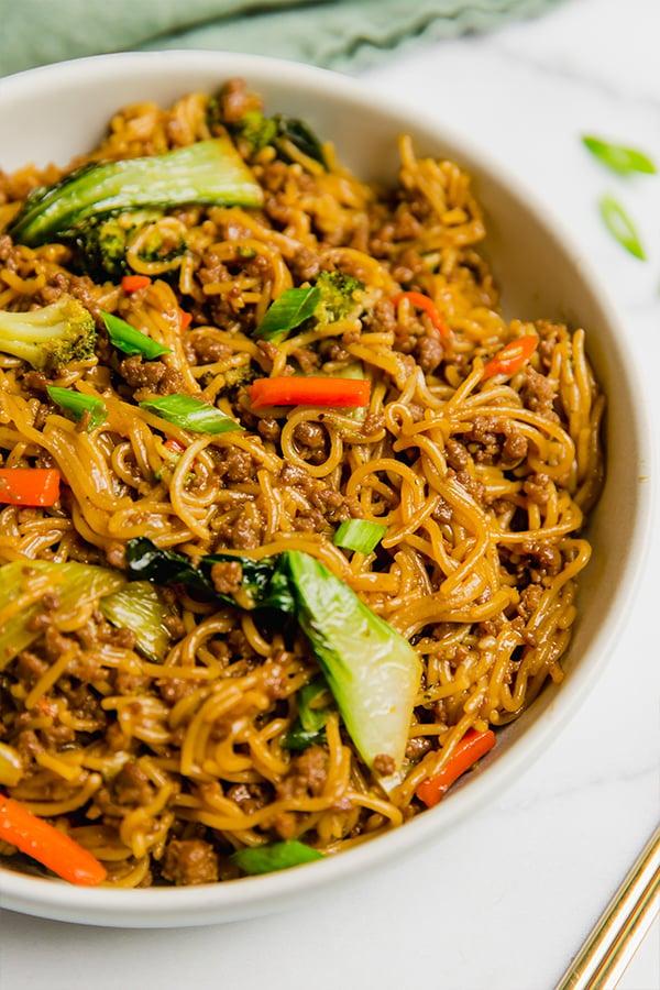 Ramen noodle stir fry in a bowl