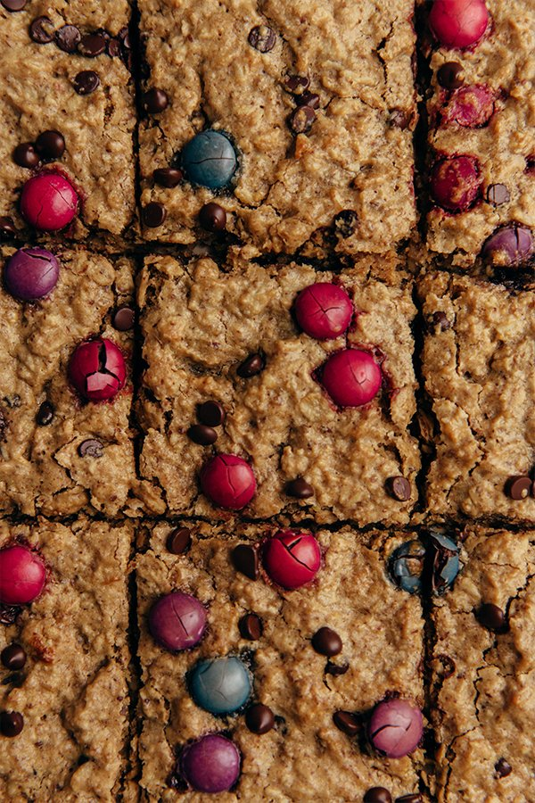 Up close image of oatmeal breakfast bars cut in squares