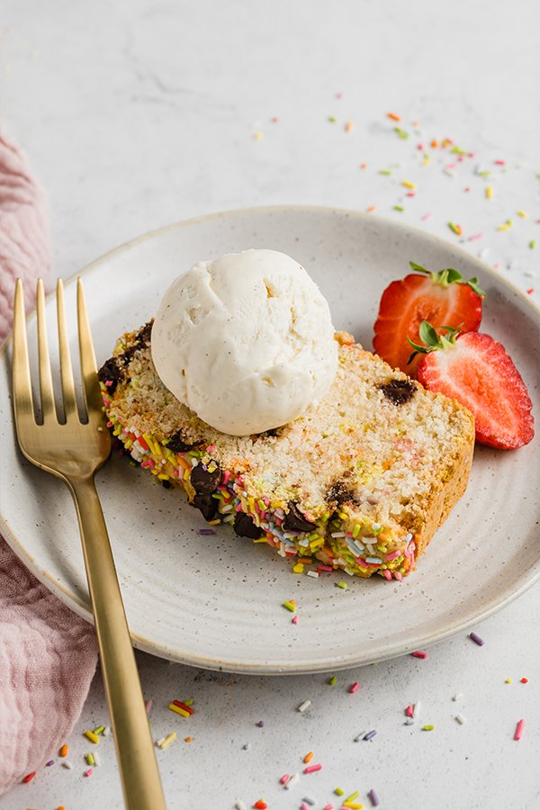 Ice cream bread with strawberries on a plate